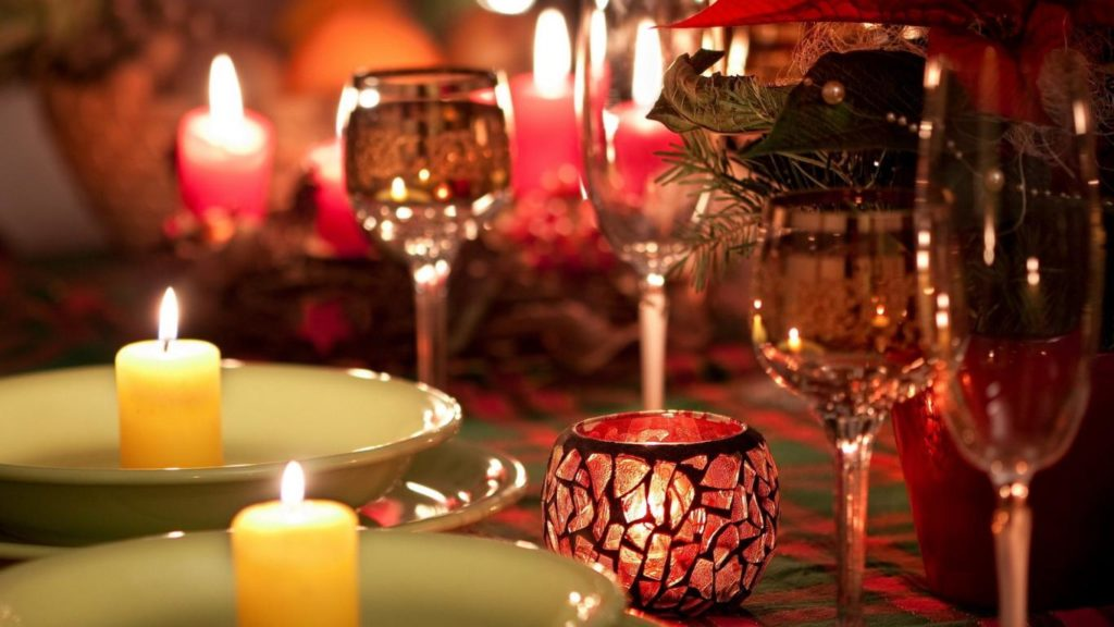 10832a-candle-light-dinner-high-quality-picture